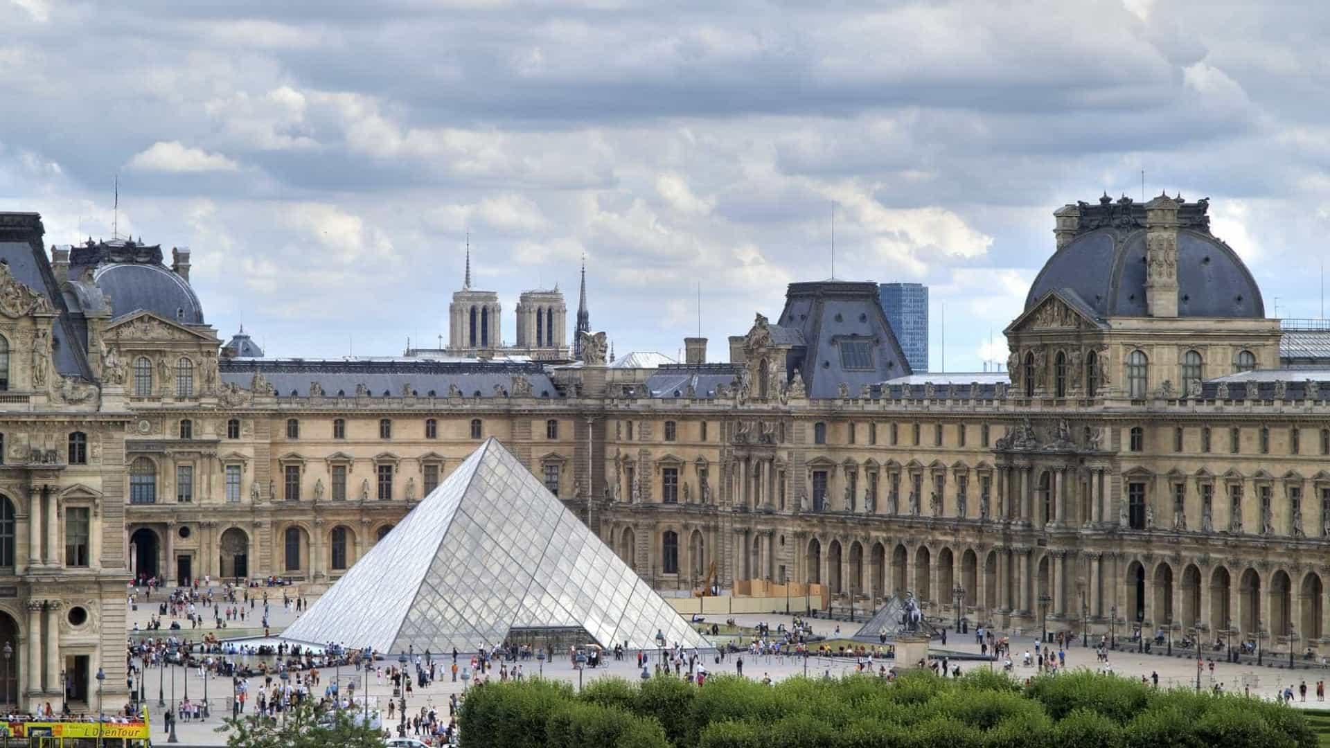 Dia Internacional do Museu - Louvre